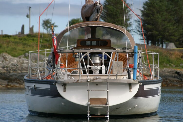 Bruce Roberts 34 Sailing Yacht Stern View