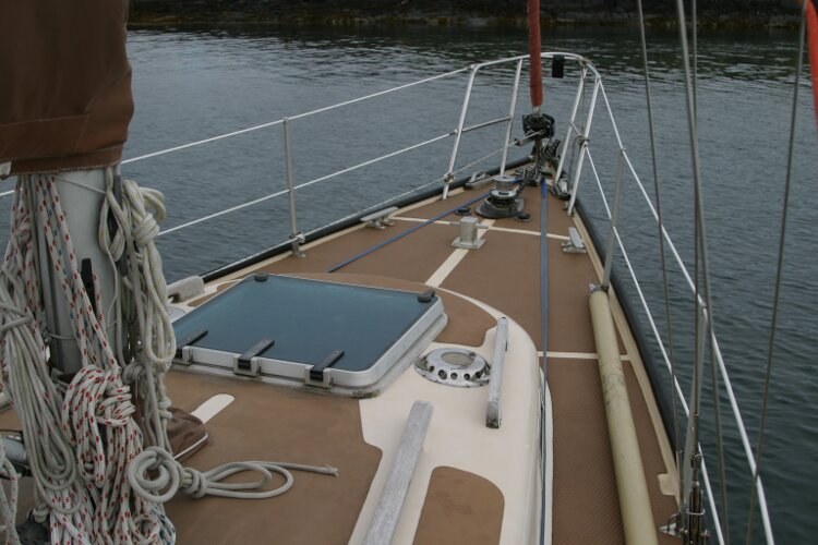 Bruce Roberts 34 Sailing Yacht Foredeck and coachroof, starboard
