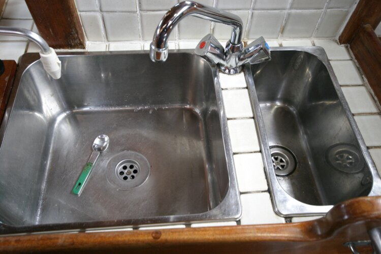 Bruce Roberts 34 Sailing Yachtfor sale Sink detail - with mixer tap