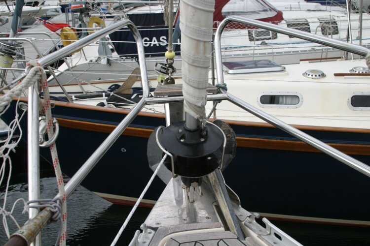 Hanse 411for sale Pulpit and reefing gear -