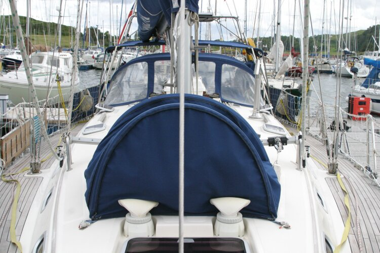 Hanse 411for sale Looking aft from pulpit -