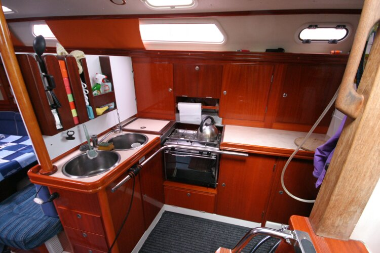 Hanse 411for sale Galley. -