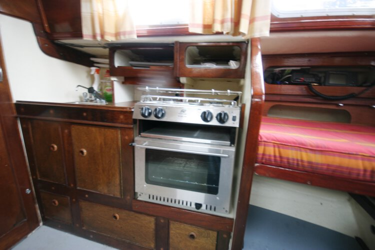 Morgan Giles for sale The cooker - With a two burner hob, grill and oven