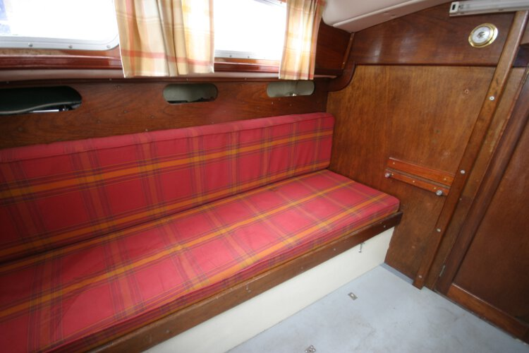 Morgan Giles for sale The starboard settee berth -