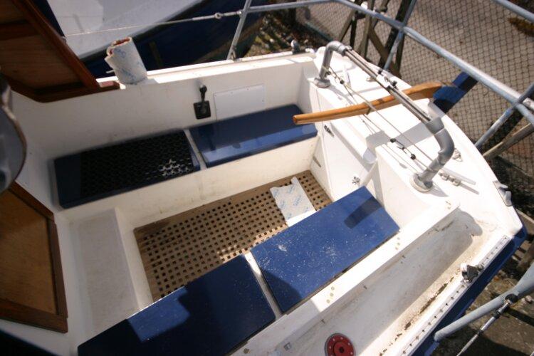 Colvic Springtide 25 Cockpit from port side