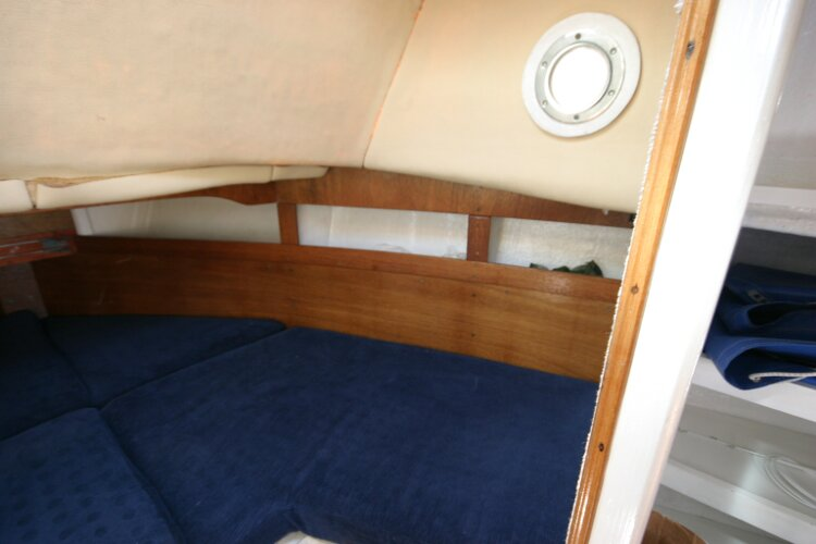 Colvic Springtide 25 Forward cabin, starboard side