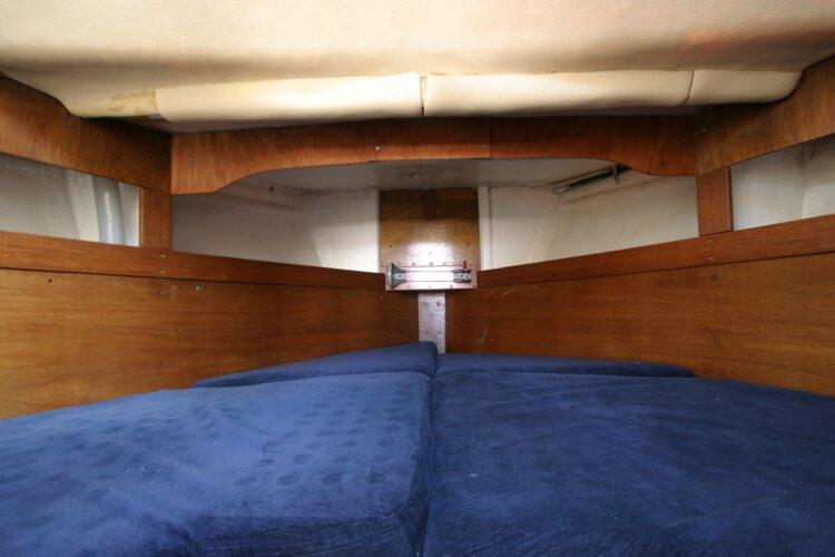 Colvic Springtide 25 Forward cabin V berth