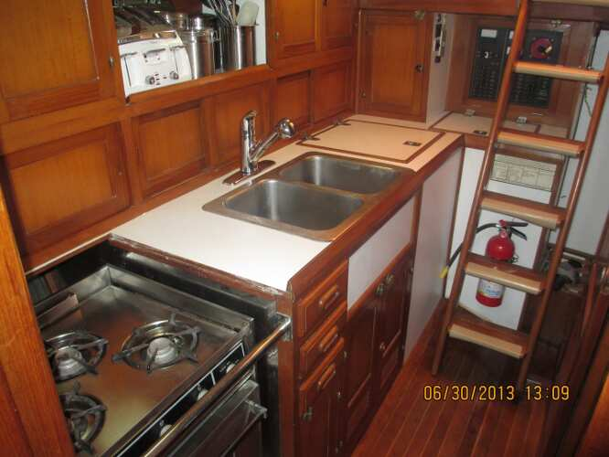 Kadey Krogen 38 Cutterfor sale Galley - Jeff Lesonsky ? 2013 All Rights Reserved
