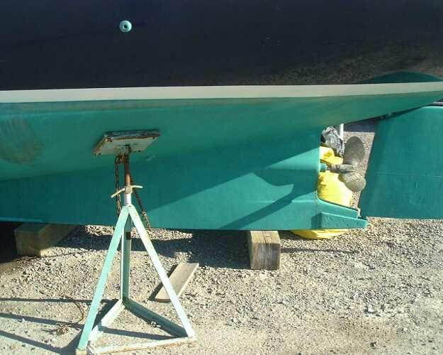 Kadey Krogen 38 Cutter Rudder and propeller