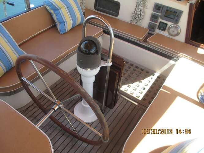 Kadey Krogen 38 Cutter Cockpit