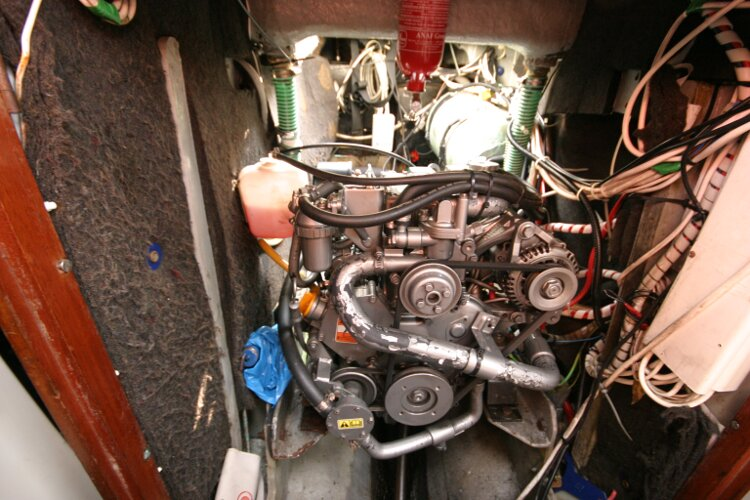Westerly Renown Engine compartment