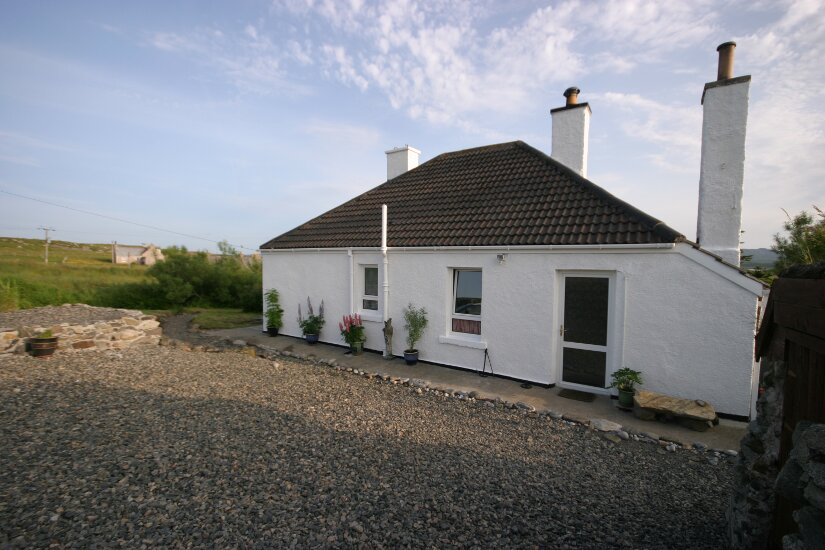 Western Isles Property -  House on the Isle of Lewisfor sale View from drive -