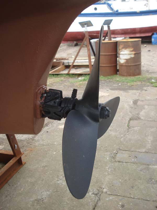 Westerly Renown Prop close up showing rope cutter