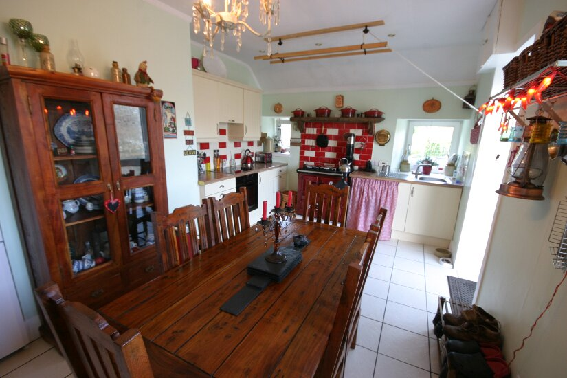 Western Isles Property -  House on the Isle of Lewisfor sale Dining area in Kitchen -
