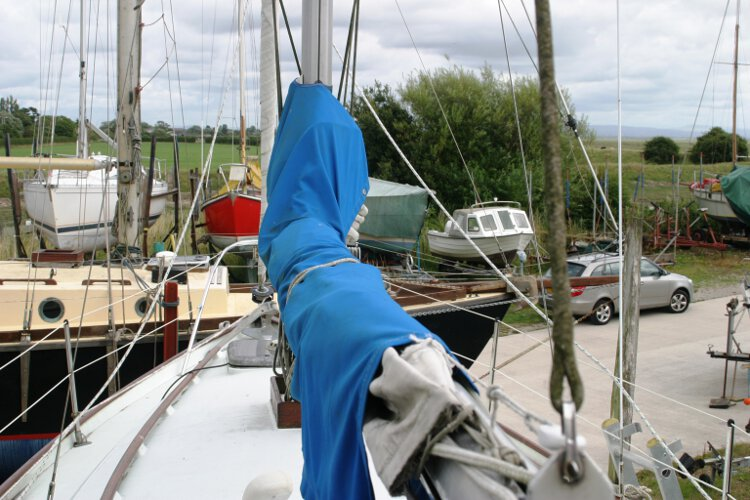 Halmatic 30for sale The main sail cover -