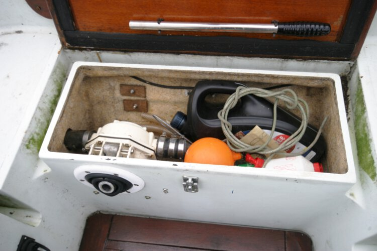 Halmatic 30for sale The aft cockpit locker - Has a manual bilge pump