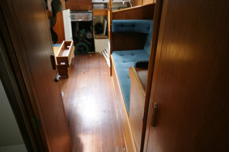 Halmatic 30for sale Looking aft from the fore cabin -
