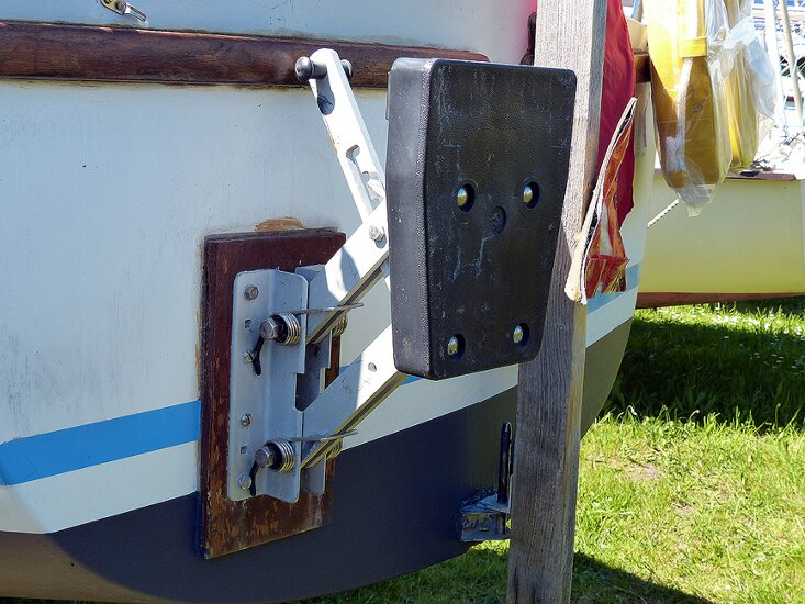 Seal 22 Mk 2for sale Outboard Bracket -