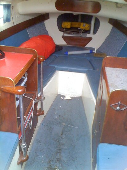 Westerly 22for sale Open plan cabin - looking forward