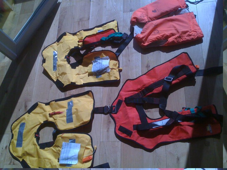 Westerly 22for sale Lifejackets -