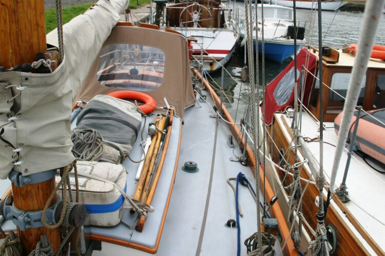Wooden Classic Gaff cutterfor sale The port side deck - Looking aft