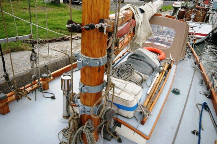 Wooden Classic Gaff cutter Mast detail