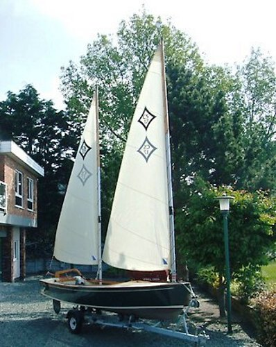 Wooden Classic Core Sound 17 Another close up off her sails