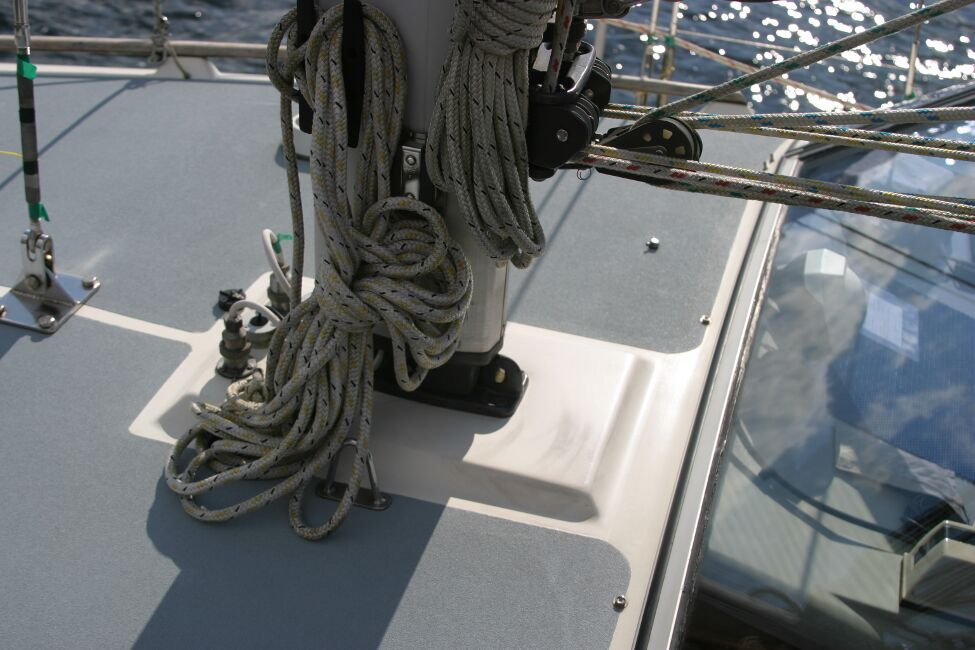 Westerly Riviera 35 MkIIfor sale Mast base - Looking from port side