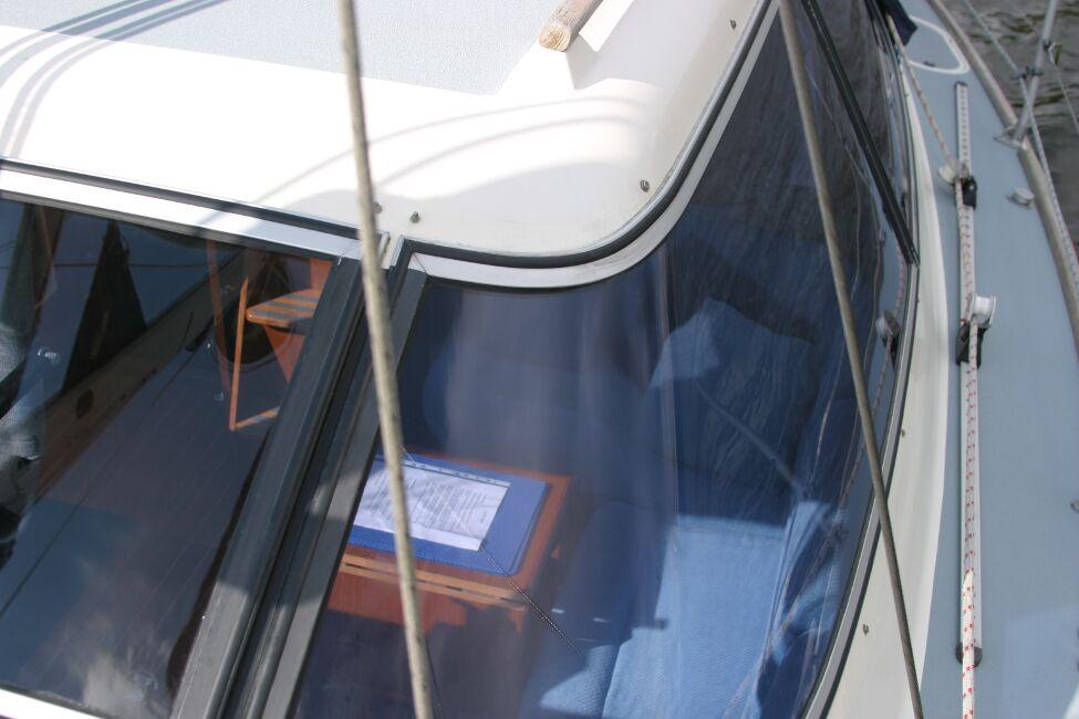 Westerly Riviera 35 MkII View into Bridge Deck Window