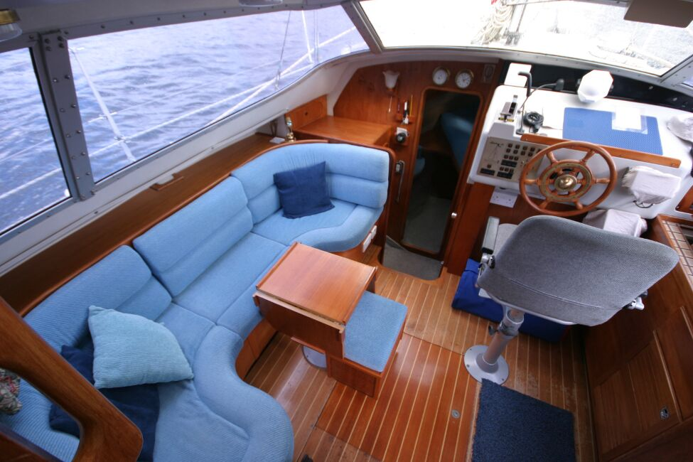 Westerly Riviera 35 MkIIfor sale Bridge Deck Sofa - Perfect to relax and watch the world go by.