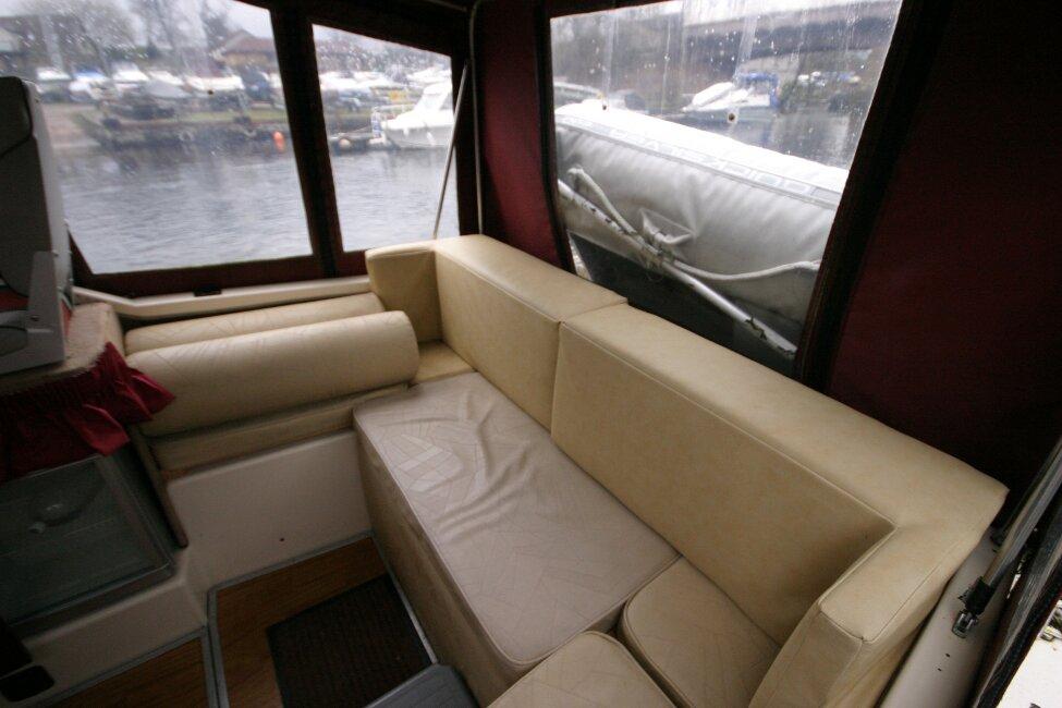 Shetland 640 Hardtop Seating at rear of cockpit