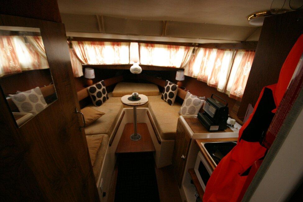 Shetland 640 Hardtop View into cabin