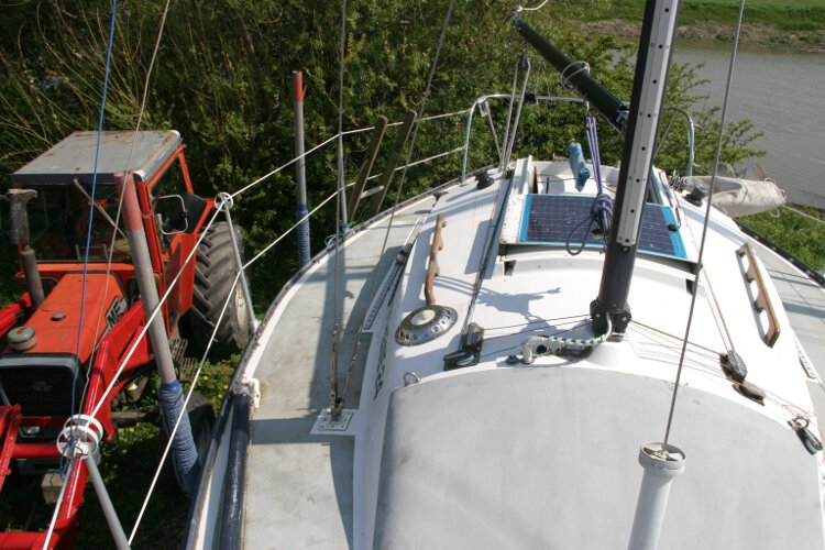 Master Marine Eygthenefor sale Starboard side deck - Looking aft