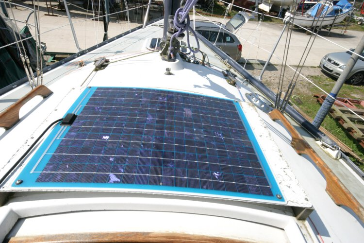 Master Marine Eygthenefor sale The solar panel -