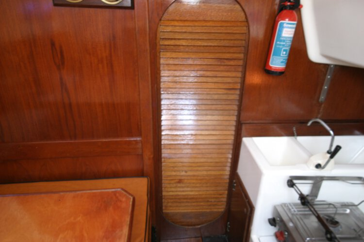 Master Marine Eygthenefor sale Saloon detail - The door to the fore cabin and heads compartment