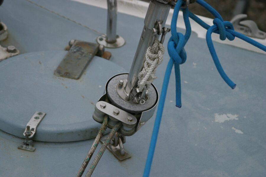 Finnsailer 35ft Motor Sailer Roller reefing gear