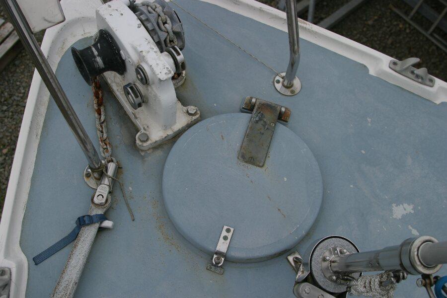 Finnsailer 35ft Motor Sailer Foredeck