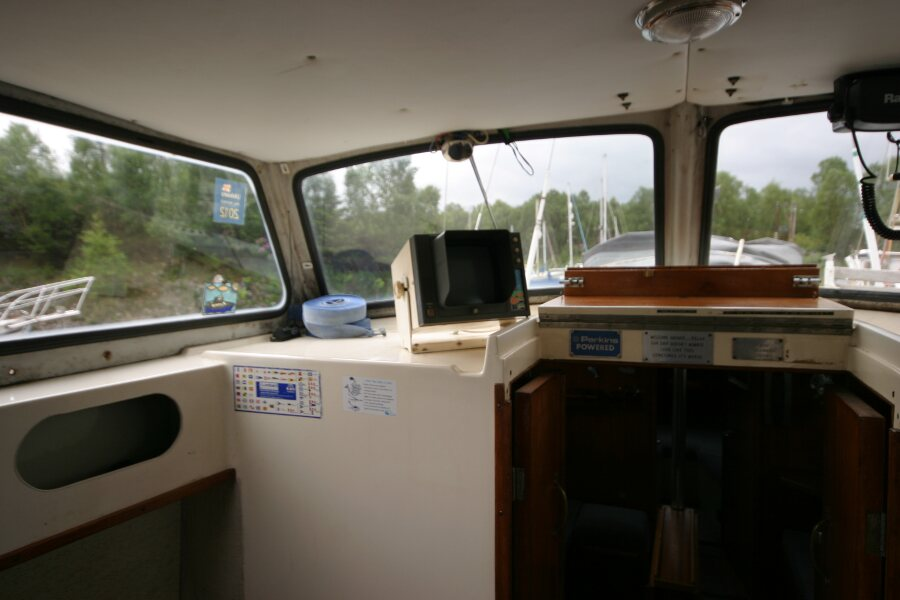 Finnsailer 35ft Motor Sailer Wheelhouse port side