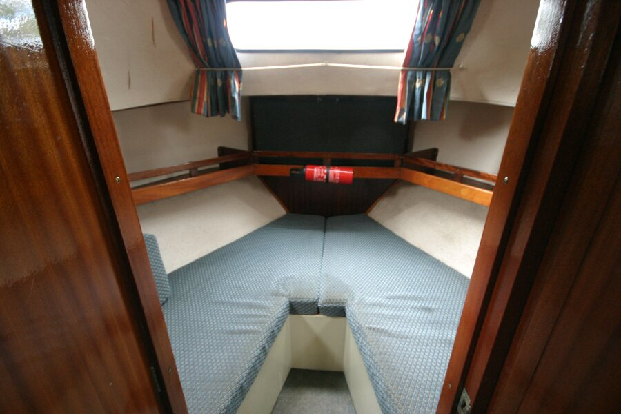 Finnsailer 35ft Motor Sailer Forward cabin entrance
