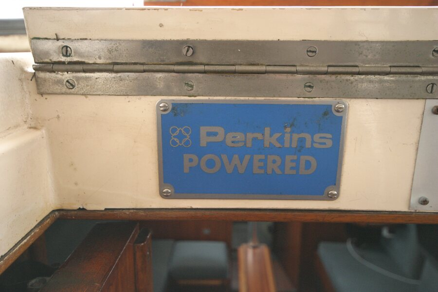 Finnsailer 35ft Motor Sailer Perkins badge