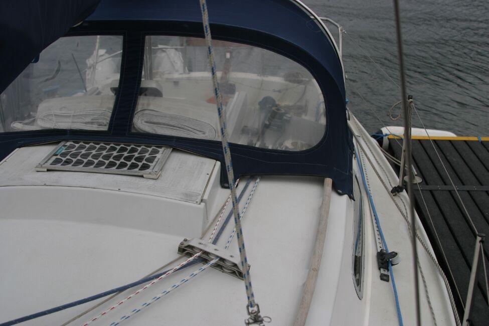 Sadler 29 Port side looking aft