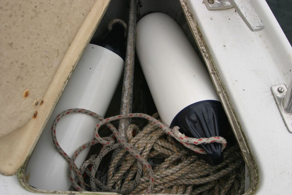 Sadler 29 Anchor locker in foredeck