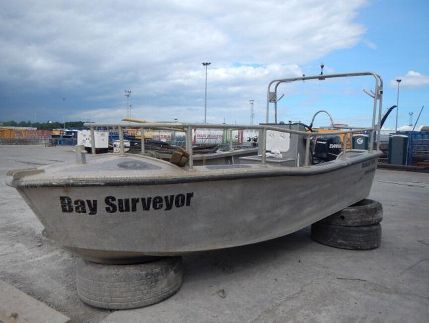 Robust 17C Workboatfor sale Port side bow - Owner's photo