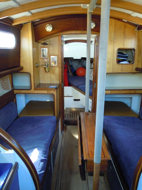 Wooden Classic 29 foot Bermudan Sloop Saloon from companionway entrance