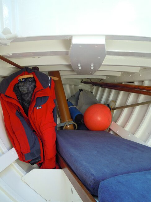 Wooden Classic 29 foot Bermudan Sloop View into forecabin, single berth to starboard