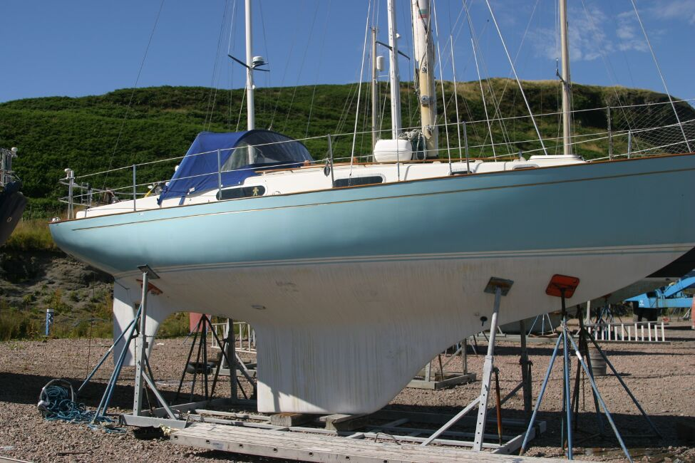 Contessa 32for sale Starboard side - Laid up in the boatyard