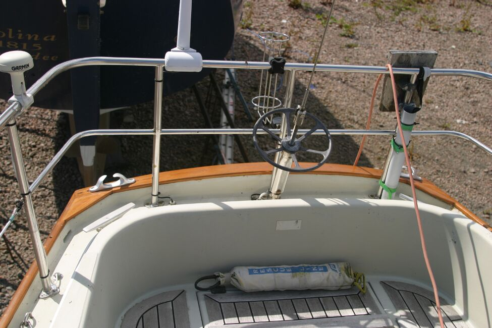 Contessa 32for sale Cockpit looking aft - backstay tensioner clearly visible