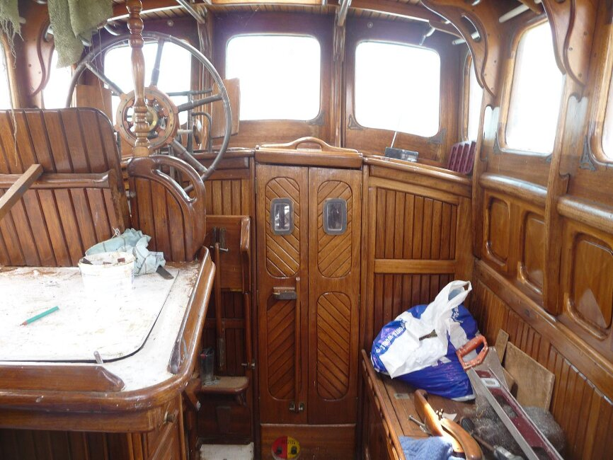 Colvic Watson 26/8 Custom Wheelhouse