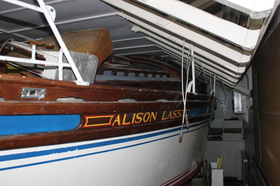 Barn Find Bilge Keelerfor sale Looking aft, port side -