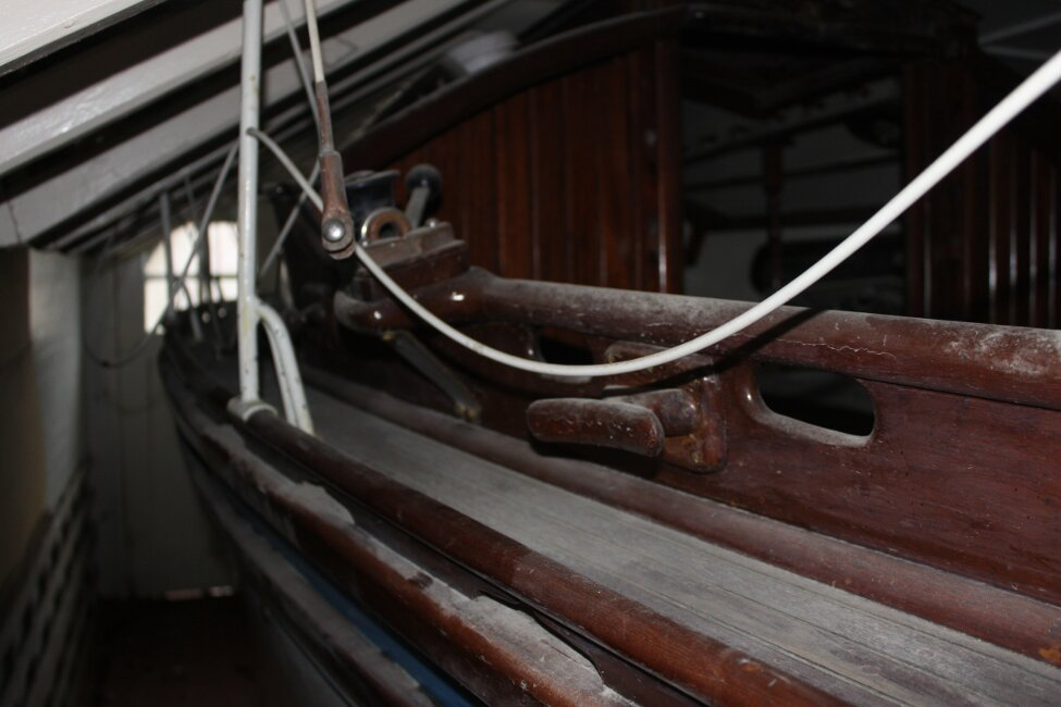Barn Find Bilge Keelerfor sale Port side Walkway -